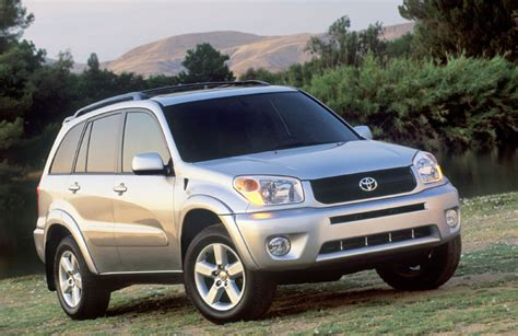 Toyota Rav4 2004 2004 Toyota Rav4 Pictures Photos Gallery Motorauthority