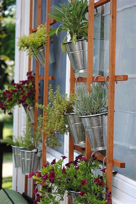 Diy Vertical Gardening 17 Best Ideas About Vertical Garden Diy On Diy