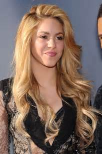 shakira hair color shakira s hairstyles hair colors style