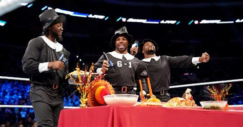 wwe social media  thanksgiving cageside seats