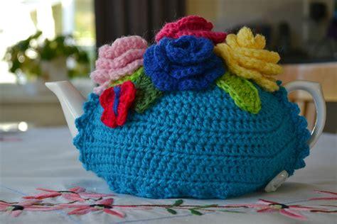 free pattern tea cosy crochet tea cosy pattern finally the green dragonfly