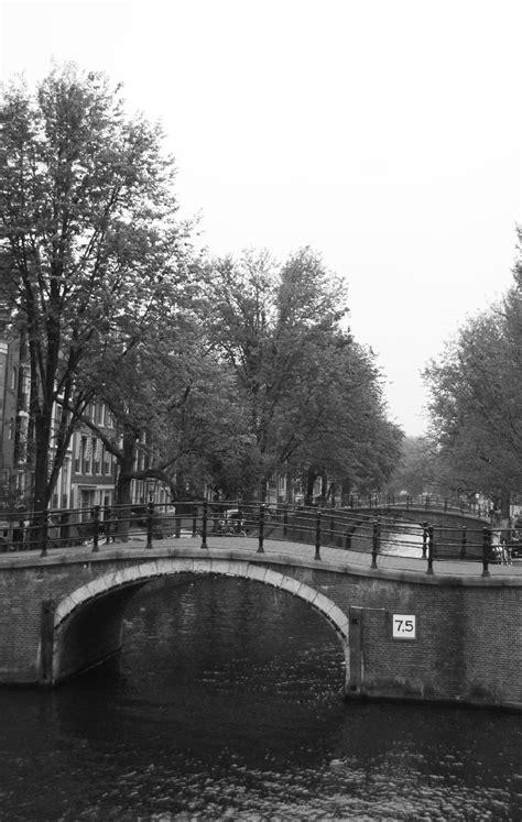 Amsterdam Noir Et Blanc by Photo Noir Et Blanc Pont D Amsterdam Acheter Photo Noir