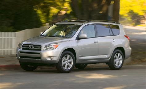 Toyota Rav4 4wd Car And Driver