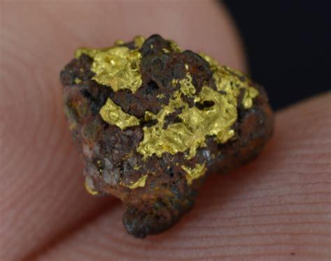 gold hematite 1 36 gram california gold hematite