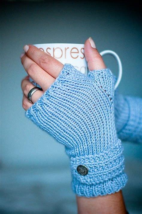 knitting mittens for beginners best 25 fingerless mitts ideas only on