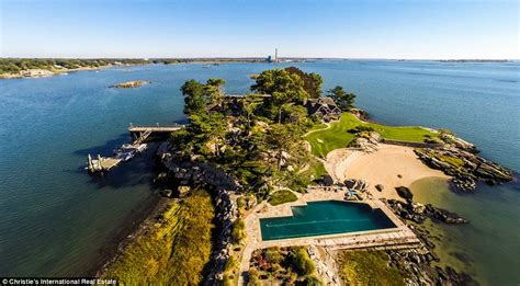 Tudor Style House Pictures by Mansion On Private Long Island Sound Goes On Sale For 11million Daily Mail Online