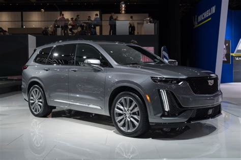 Cadillac Escalade 2020 Auto Show by Is Cadillac S Xt6 Suv Enough To Win New Buyers