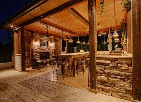 backyard kitchen designs covered outdoor kitchen outdoor kitchen ideas 10