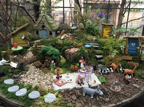 Fairies For Garden Decor Miniature Garden Garden Decor Blumen Gardens