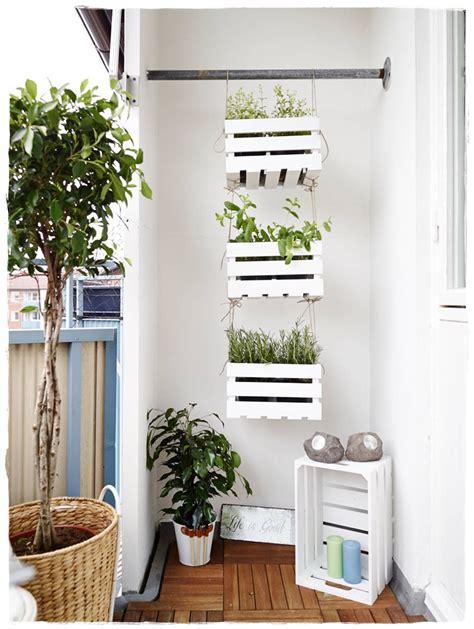 como decorar cajas de madera en vintage cajas madera decoraci 243 n jardineras plantas cajas