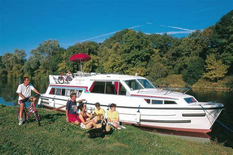 kosten ligplaats woonboot woonboot le boat continenta schelde huren jacht charter