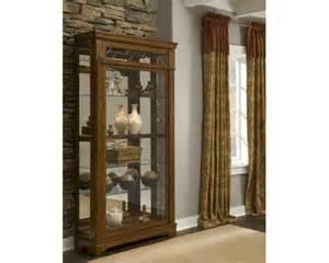 Willmott Curio Cabinet By Ashley Furniture Curio Cabinet Furniture From Palliser Ashley Furniture