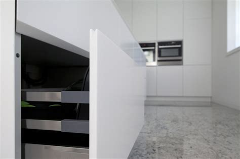 corian bianco cucina su misura in corian bianco corazzolla arredamenti