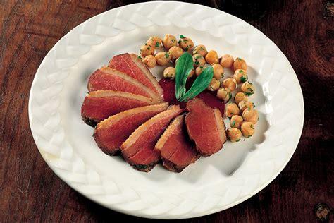 cucinare il petto di anatra ricetta petto d anatra con ceci la cucina italiana