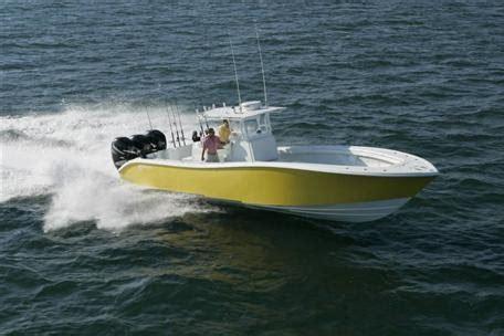 fast yellow boat fish like crazy boats