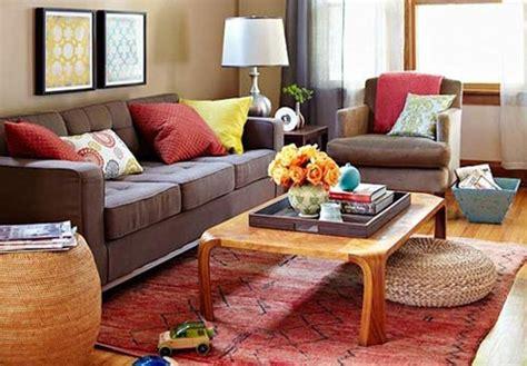 tan sofa color scheme kahverengi koltuklara ne renk halı almalı yapı