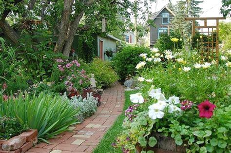Garden Calgary Flower Garden Photos Courtyard Garden And Pool