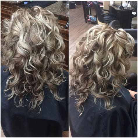 bleach blonde hair with lowlights on curly african american hair the best way to give lowlights on bleached blonde hair 17