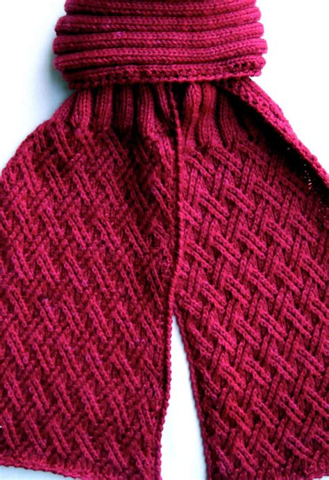 Knitting Pattern Crossover Scarf | knit scarf pattern twisted criss cross by wearableartemporium
