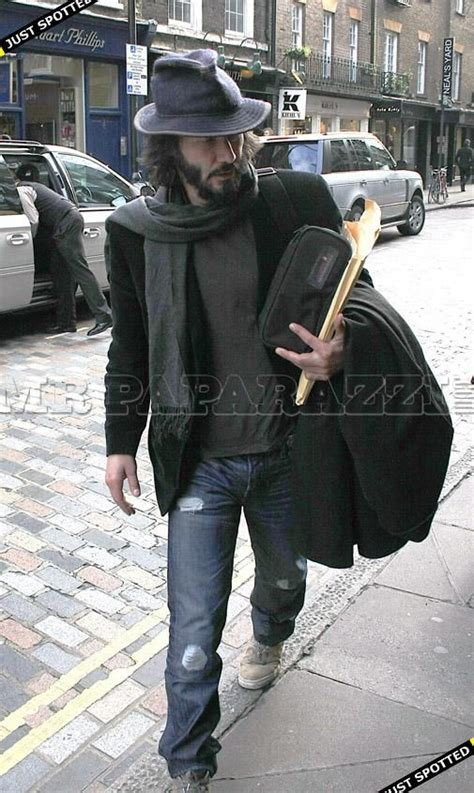 Keanu In With Paparazzo by 1000 Images About Keanu Reeves On