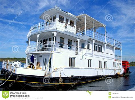 water boat house boat house royalty free stock image image 13074066