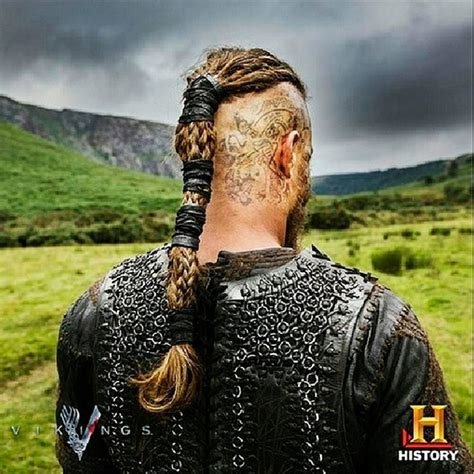 ragnar lothbrok hair braiding vikings poster of ragnar lothbrok regina konig o konig