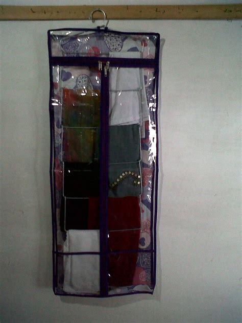Hanging Jilbab Organizer Motif Lv Hanger Ring Rak Gantung Syal Pasmina azhara grosir organizer oktober 2012