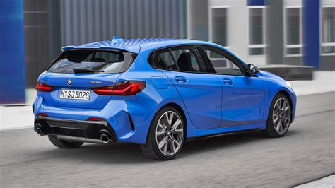 2019 bmw 1 series bmw reveals redesigned 2019 1 series hatchback