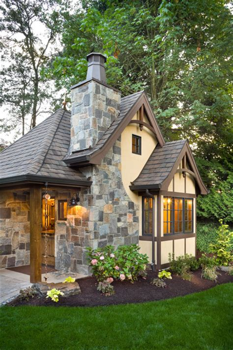 rivendell manor traditional exterior portland  alan mascord design associates