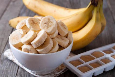 how many calories does a how many calories does a banana