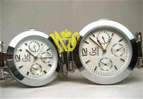 Jam Tangan Guess Kotak White Gold jam tangan jamtangananas