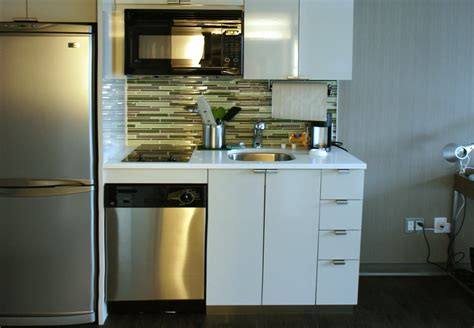 Nyc Suites With Kitchens by New Green Element Hotel Opens In Times Square New York