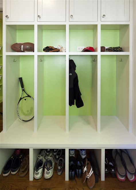 gorgeous cubbies in entry with small mudroom