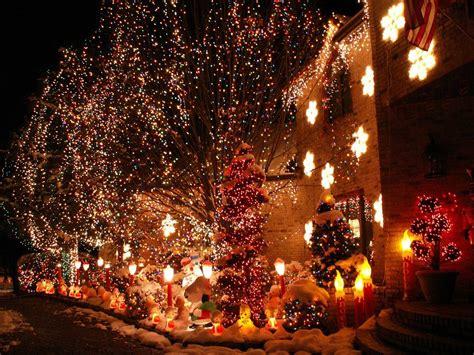c 243 mo colocar las luces de navidad