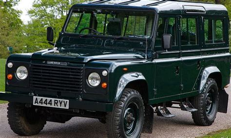 land rover queens 25 best ideas about land rover v8 on pinterest land