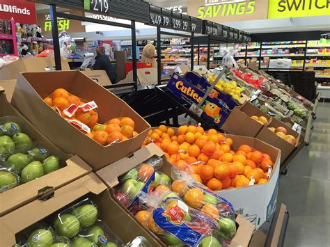 d r fruit market aldi is fixing is weakness and that should