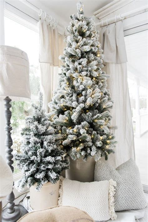 how to decorate white tree 25 unique flocked trees ideas on