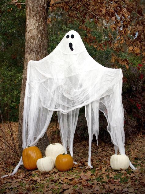 backyard halloween decorations 23 halloween diy outdoor decoration ideas feed inspiration