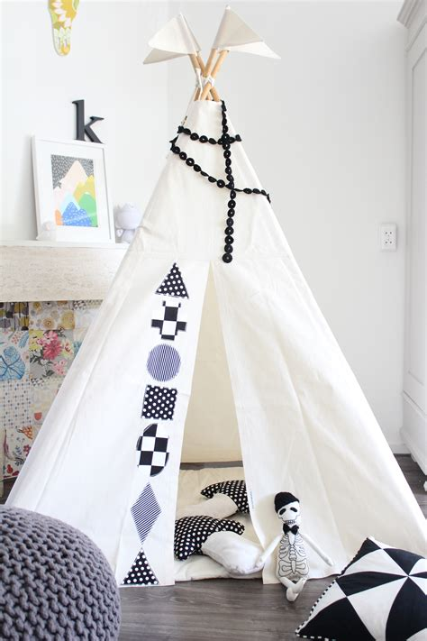 black  white kids teepee tent