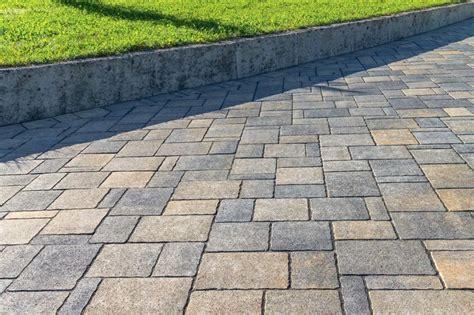 pavimentazione giardino economica come pavimentare il giardino con il fai da te design mag