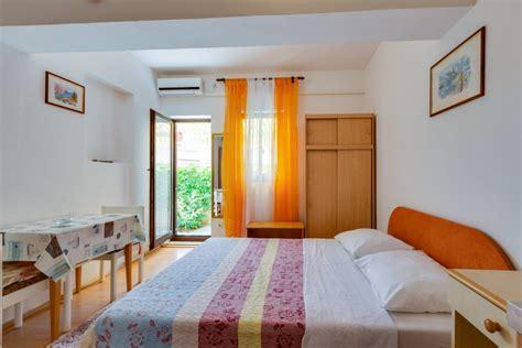 appartamenti estivi croazia lussino vacanze mali losinj appartamenti vacanza