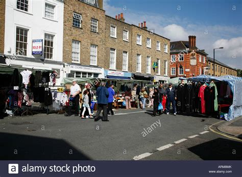 traicion en lisson grove church street market in lisson grove london stock photo royalty free image 16084338 alamy