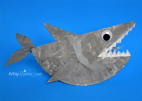 How To Make A Shark Out Of Paper - rockin paper plate shark craft for artsy momma