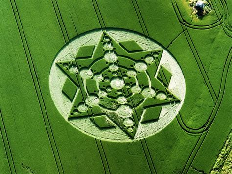Nel Images by Wilshire Day Trip Crop Circle Tours 2018 Including