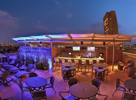 top 10 bars in boston top ten bars in boston 28 images top boston rooftop