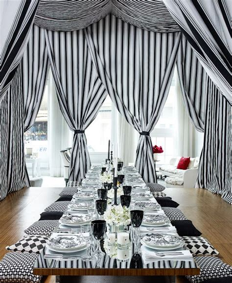 black and white themes and decor 26 black and white thanksgiving d 233 cor ideas digsdigs