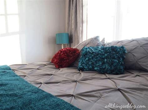 grey and maroon bedroom bedroom grey teal maroon png 700 215 525 just no teal since