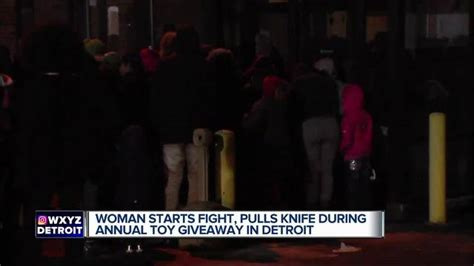 Christmas Toy Giveaway 2017 - massive brawl erupts at christmas toy giveaway in detroit tmj4 milwaukee wi