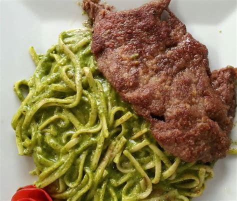 imagenes tallarines verdes tallarines verdes con bistec apanado chef al paso