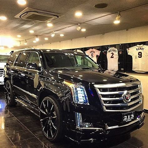 cadillac jeep 2017 17 best ideas about cadillac escalade on pinterest